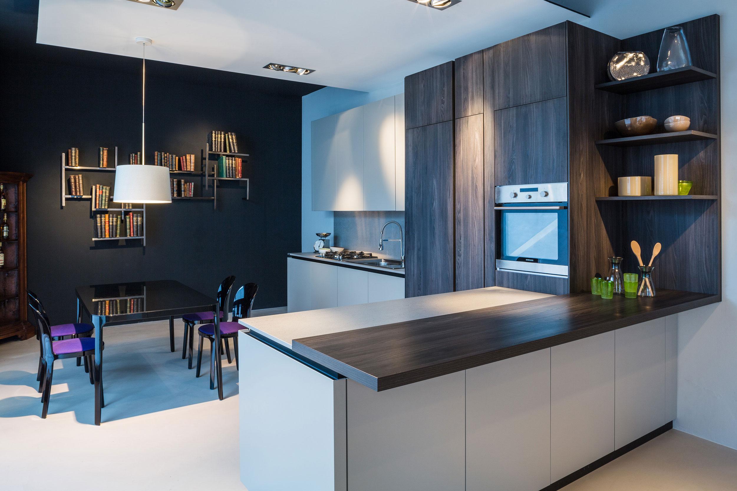 Cucina Sistema laccata_prodotta da Uimart